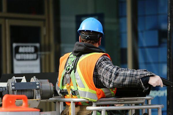 Renovis è operativa per le industrie produttrici di beni essenziali