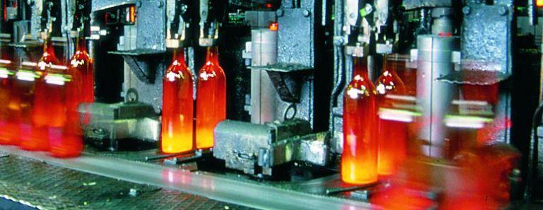 Produzione efficiente di vetro cavo